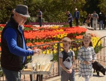 12-й парад тюльпанов в Ялте